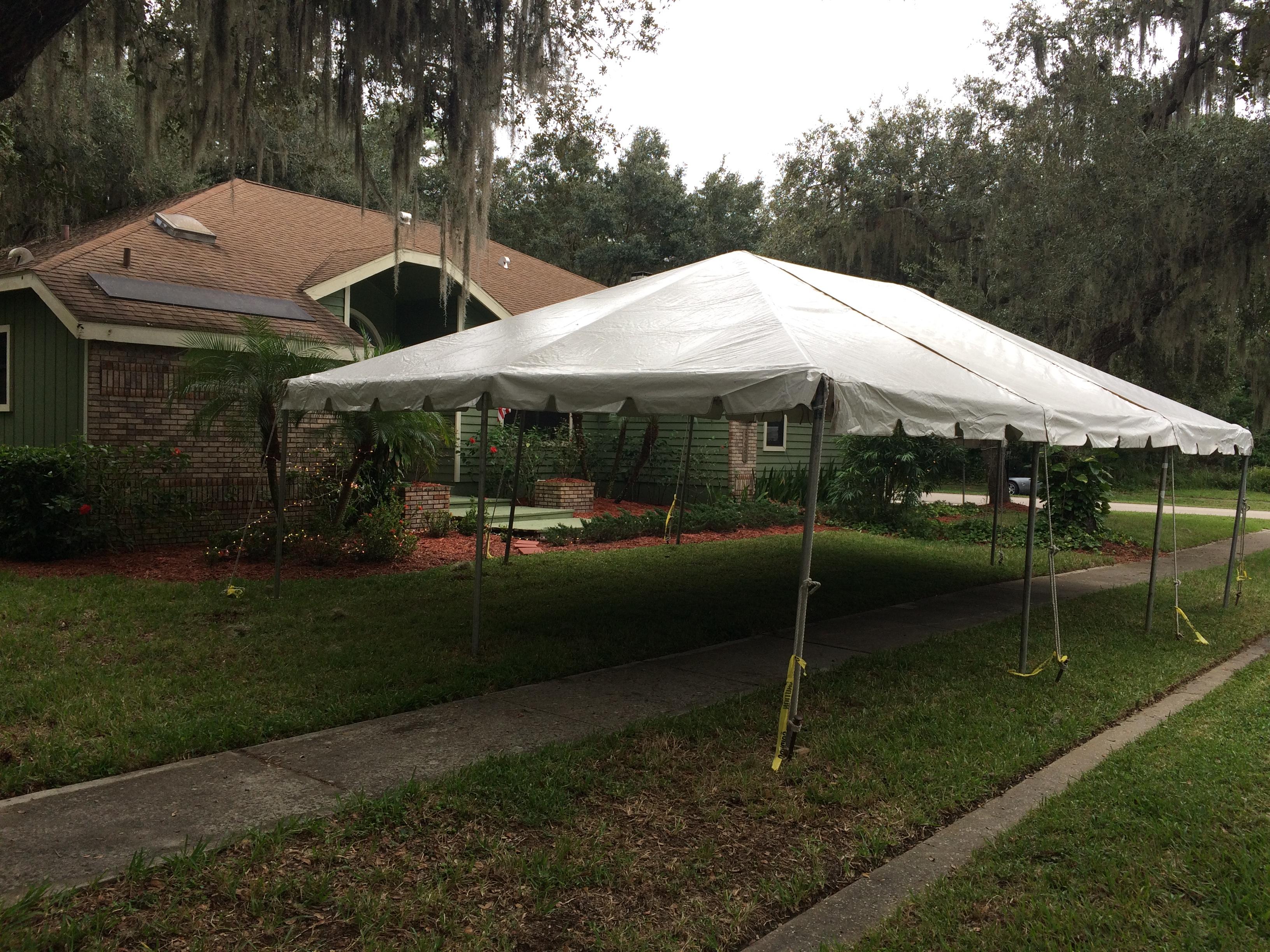 Little tents & Little tents - Lakewood Tent Rental
