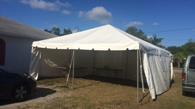 20 x 20 party tent